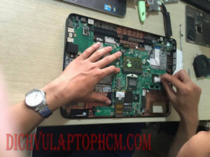 Vệ sinh Laptop Dell XPS L501X Intel Core i5-480M 2.66GHz, RAM 4GB, HDD 500GB, VGA NVIDIA GeForce GT 420M, 15.6 inch