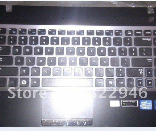 Ban-Phim-Laptop-Samsung-300E4A-NP300E4A-mau-den-nguyen-be