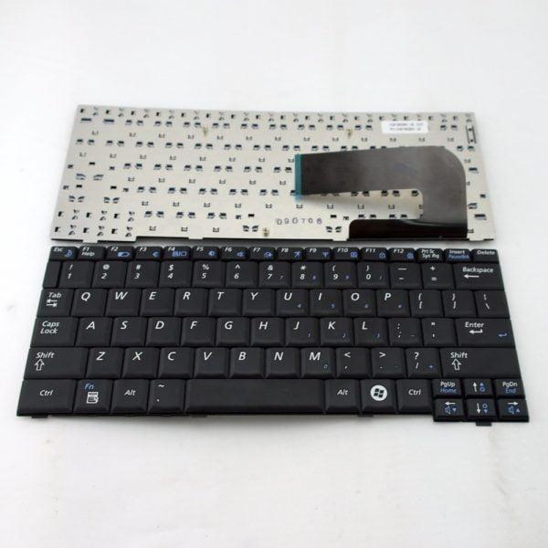 Ban-Phim-Laptop-Samsung-NB30-mau-den