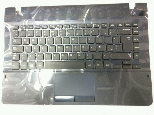 Ban-Phim-Laptop-Samsung-NP270E4E-NP275E4E-nguyen-be-mau-bac
