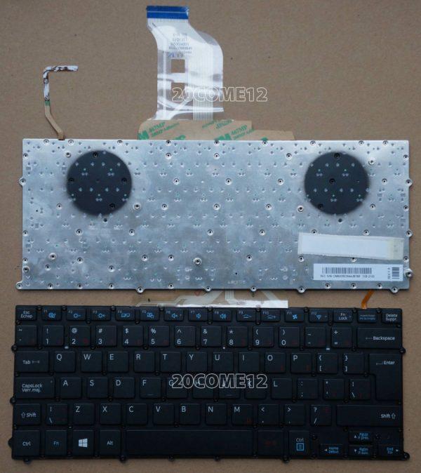 Ban-Phim-Laptop-Samsung-NP900X5-co-den