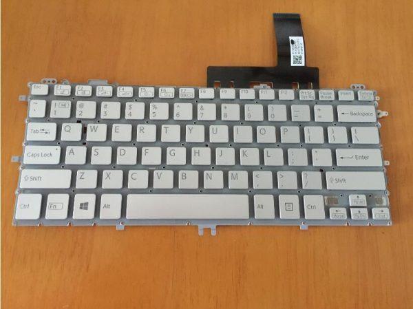 Ban-Phim-Laptop-Sony-Svp11-Mau-Trang