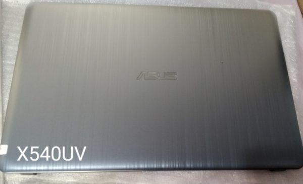 Vo-Laptop-Asus-X540UV-Mat-Nap-A